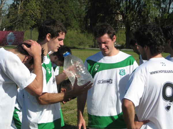 Son amigos, son humildes, juegan con seriedad y quieren ganar la Copa Cablevisión