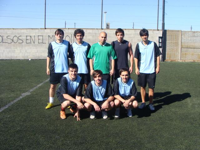 Los muchachos de CA Karakachoff respondieron un mano a mano con HoySeJuega. Juan Pablo Oller, integrante de la defensa del equipo nos cuenta de su paso en el picante torneo de Sportivo FC.