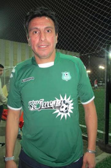 El ídolo de Boca, se pone la camiseta de HoySeJuega.com