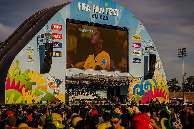 Muchos no dudaron en definir a Brasil 2014 como uno de los mejores mundiales de la historia. Si bien la afirmación es un tanto tribunera, por el fervor mundialista que todavía dura, no está muy lejos de ser real, ya que los 64 partidos de la copa rompieron records y rachas que incluso llevaban décadas de duración. Pasen y vean.
