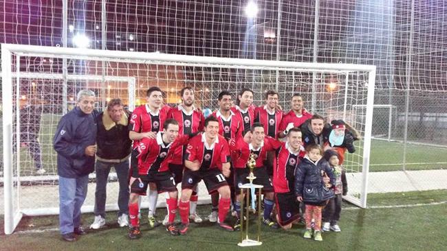 Se acerca fin de año y en HoySeJuega repasamos a los equipos más destacados de 2014. Presentamos a Las Anguilas, de los torneos de El Potrero Fútbol.