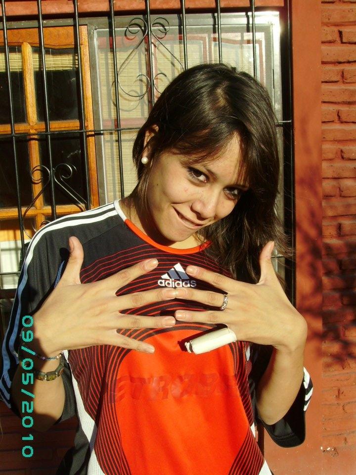 <p><strong>Carla Michaelis es jugadora profesional del Club Atlético River Plate y charlo con nosotros sobre sus comienzos en el Fútbol Femenino.</strong></p> <p></p> <p></p>