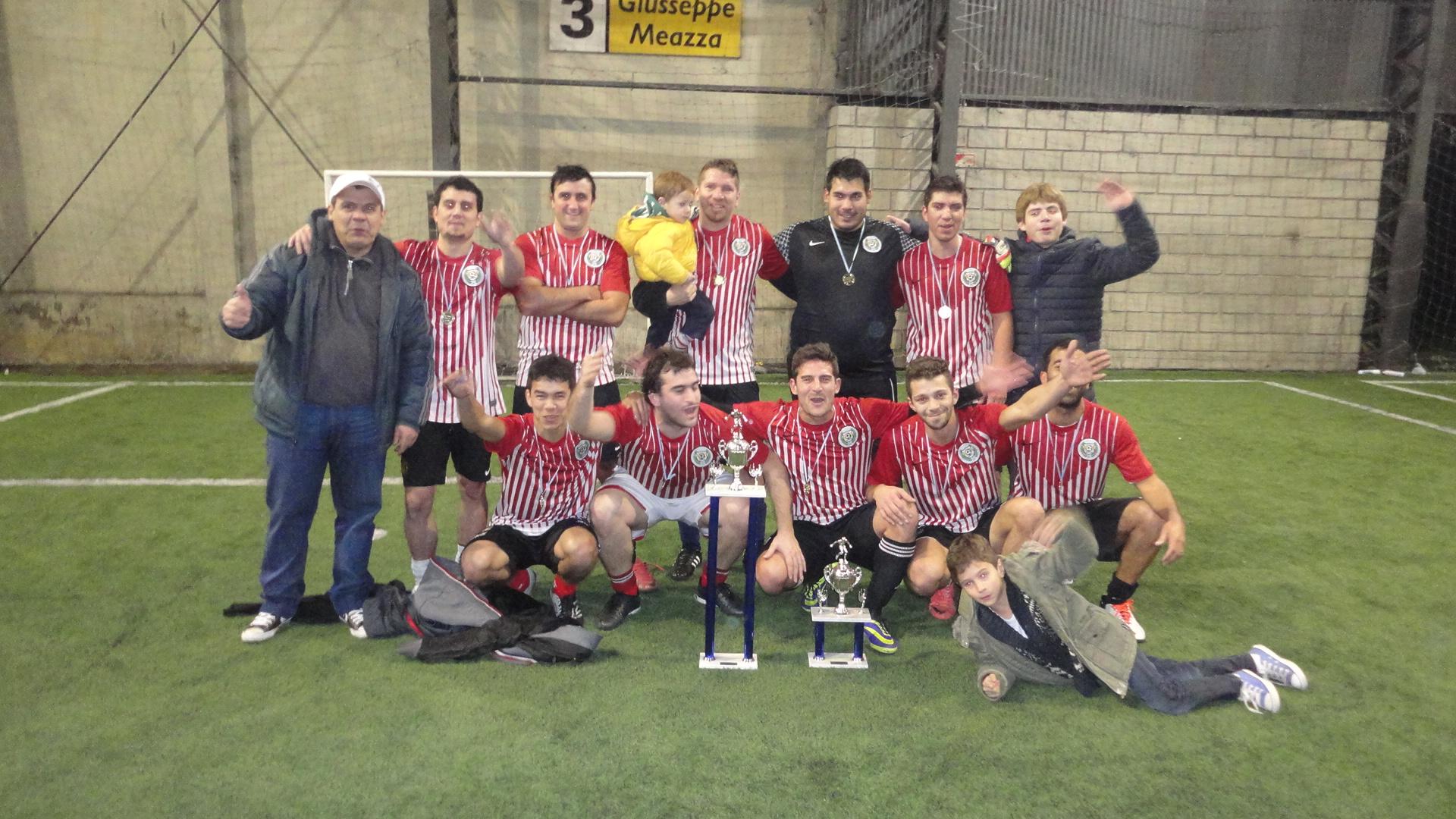El equipo Chipre...