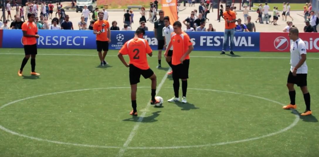 HoySeJuega estuvo en Milán, donde se realizó un torneo Latinoamericano de 5 vs 5. Conocé un poco más de estos países y de como ellos viven el fútbol amateur.