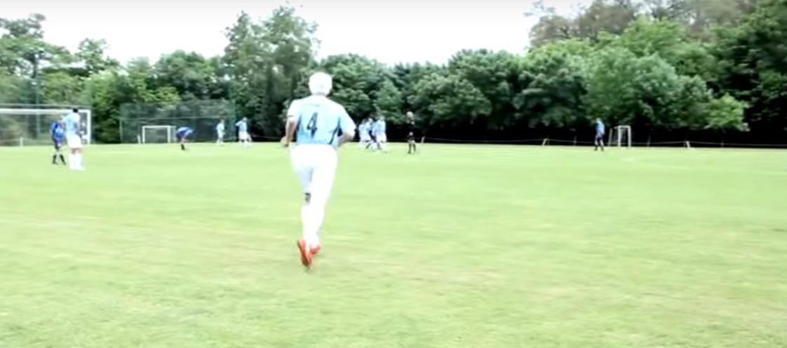 Jugar al fútbol a los 81... Sí 81