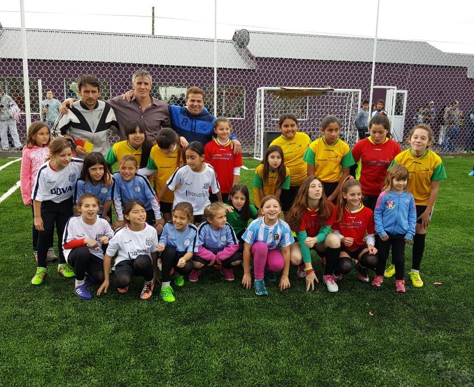 Facundo Diz inauguró su club de fútbol