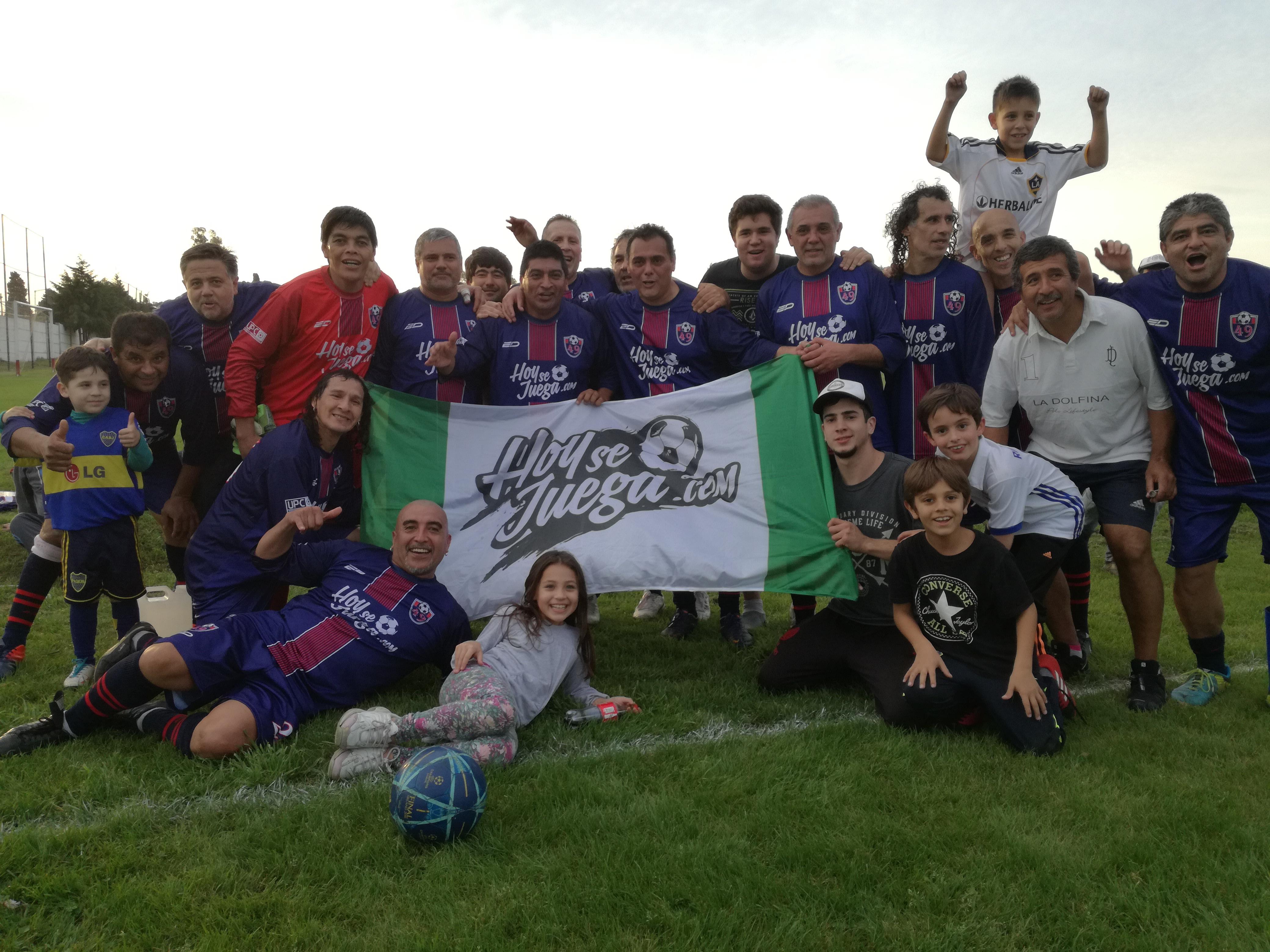El equipo 49, campeones de Fútbol Amateur