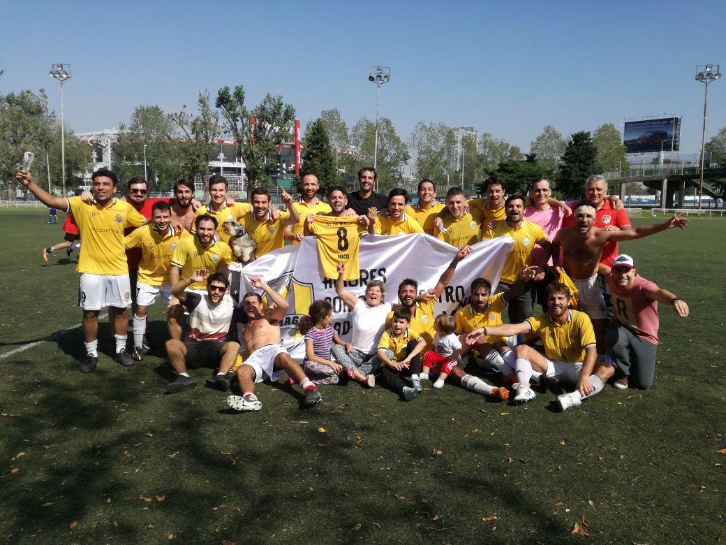 Alta Magia, conformado por mayoría de jóvenes santarroseños se coronó bicampeón del torneo de fútbol amateur que organiza la Universidad de Buenos Aires