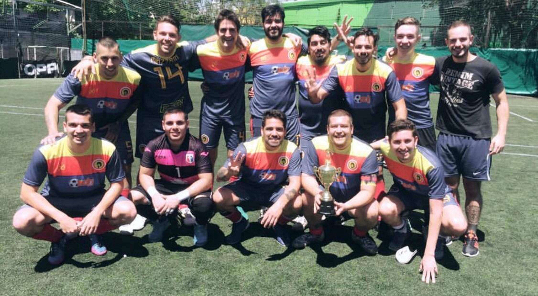 La mística como estandarte es la frase de cabecera de Pelusa FC, un equipo de Fútbol Amateur que deja todo en la cancha.